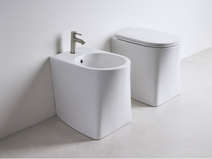 DP FLOOR-MOUNTED BIDET WHITE MATT