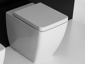 EGO 46 BACK TO WALL PAN WITH UNIVERSAL DRAIN 46X36 WHITE
