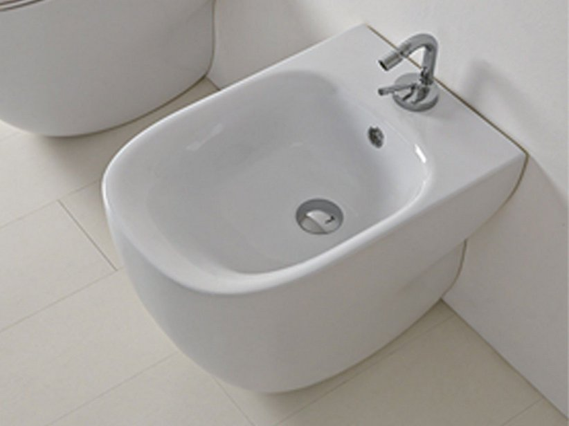WILD STAND-BIDET cm 52x34 DESIGN BACK-TO WALL - WEISS
