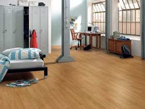LAMINATE OAK 3STRIP 6MM 1292X192MM