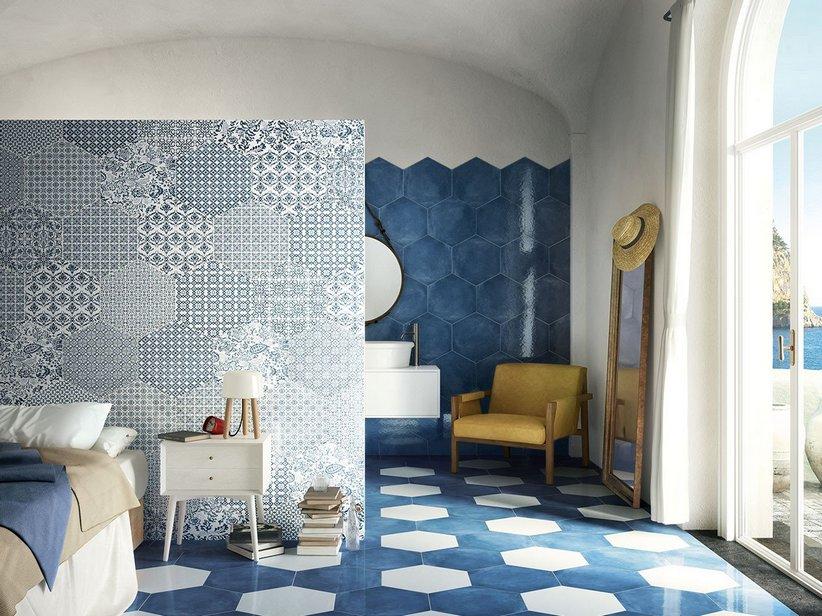 Gres porcellanato esagonale stile maiolica lucido 40x35 oltremare